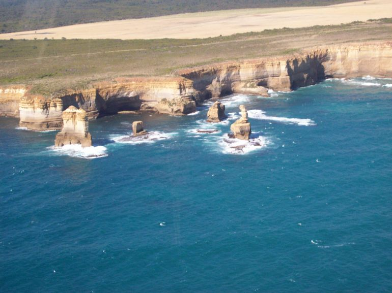 Twelve Apostles from the helicopter - Melbourne