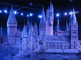 What a beautiful and exquisite model of Hogwarts! , Susan L - June 2015