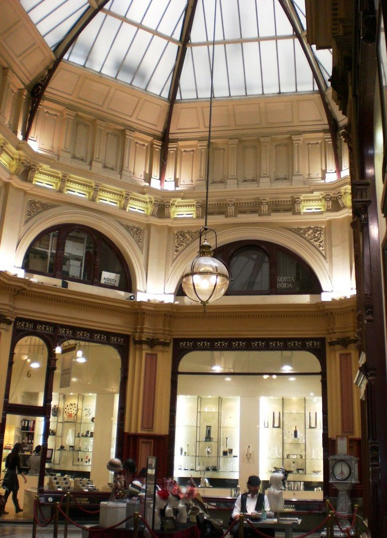 Atrium at the Center of the Arcade - Melbourne