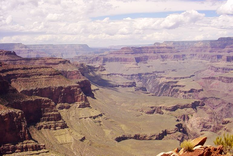 Great view of Grand Canyon South Rim - Las Vegas
