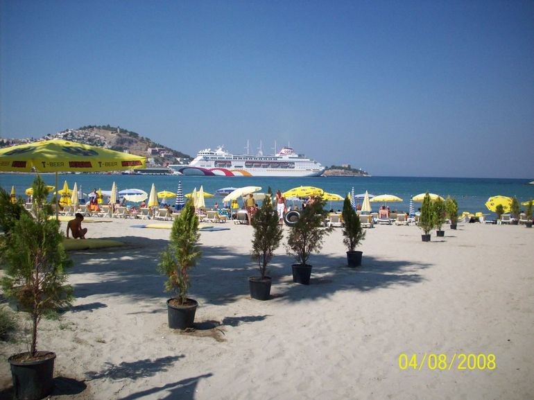 Kusadasi Town Beach - Izmir