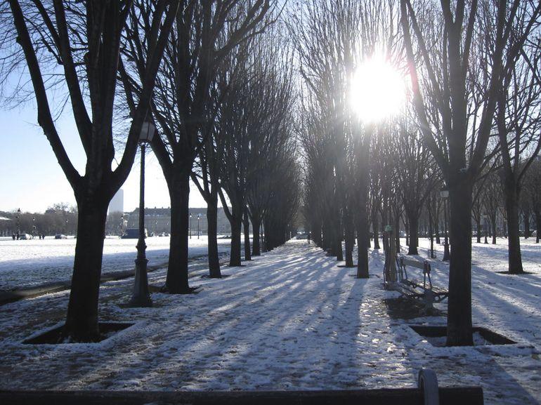 Snowy Paris -