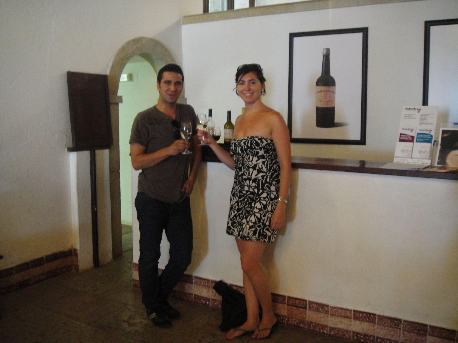 MÁS FOTOS, Full day tour a Arrábida y Sesimbra con cata de vinos desde Lisboa