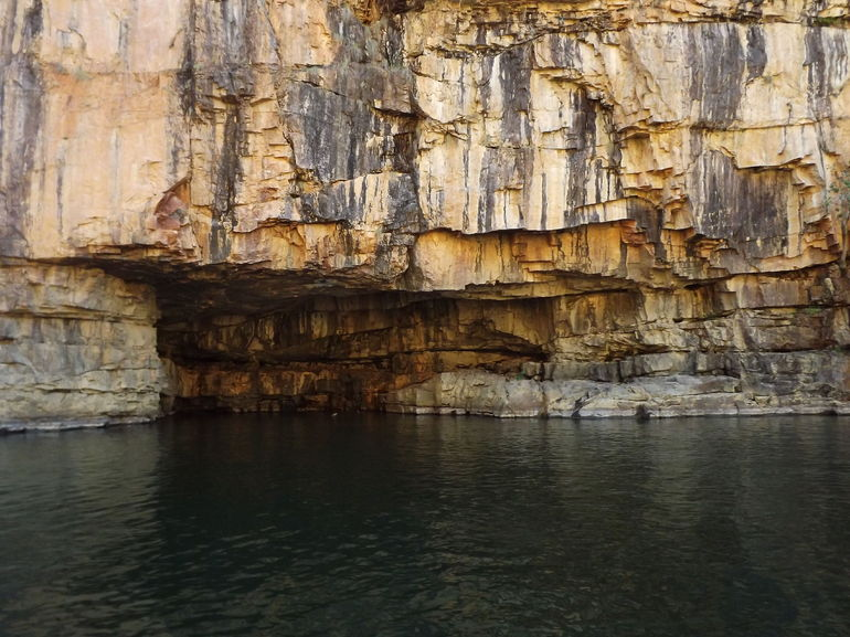 Cave in the Katherine Gorge - Darwin