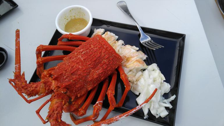 Fresh from the Ocean: Tasmanian Seafood Gourmet Full-Day Cruise Including Lunch