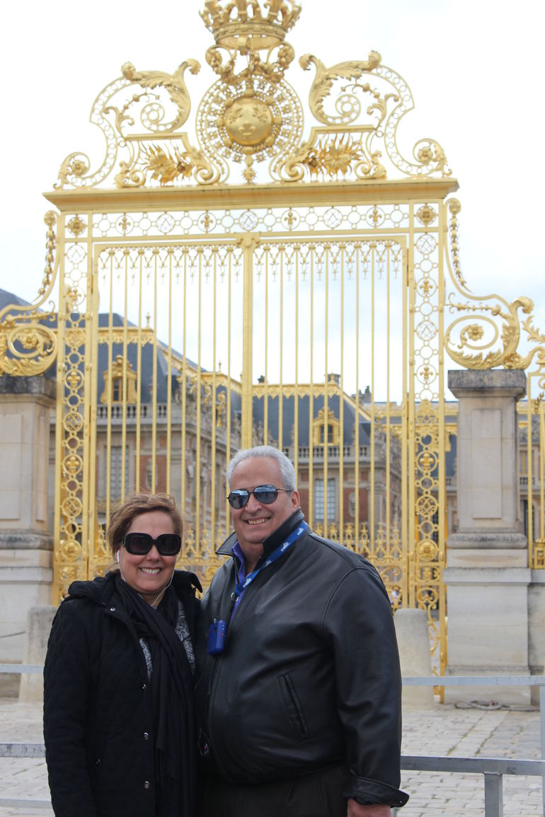 Skip-the-Line Versailles Palace & Gardens from Paris with Optional Fountain Show