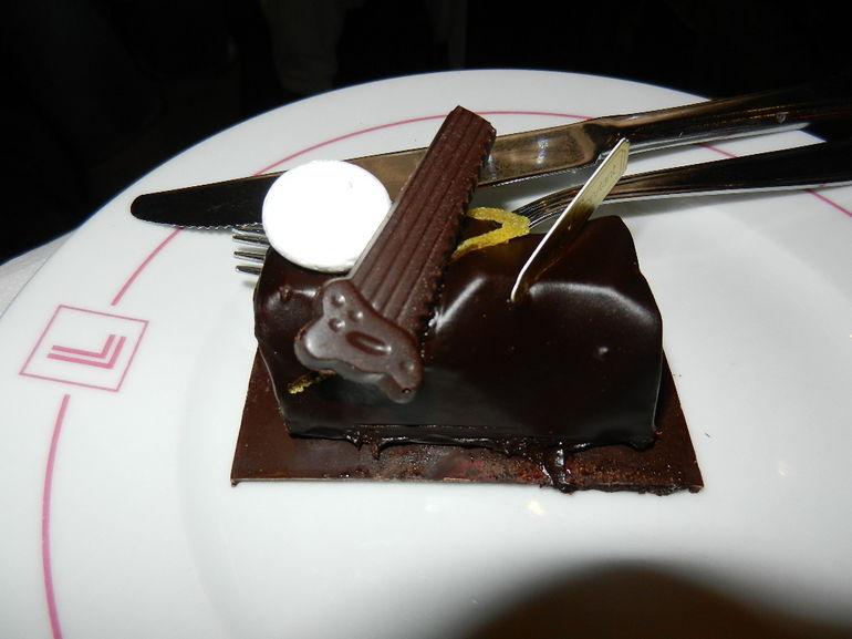 Beautiful dessert from the Gourmet Christmas Tour of Paris - Paris
