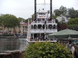 Beautiful boat cruising the Disney lake!, LUCY K - June 2011