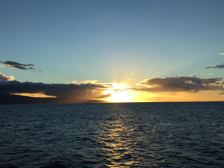 Maui Sunset Dinner and Dance Cruise from Lahaina Harbor photo 11