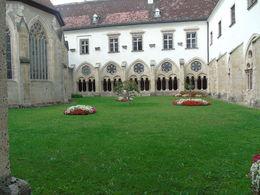 1èere étape de notre excursion avec la visite de cette abbaye cistercienne. , Christelle L - September 2015