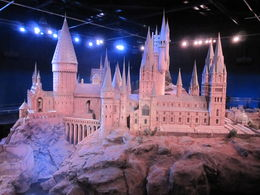 A spectacular to scale version of Hogwarts , Mel - November 2013