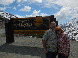Lee and Lonny, enjoying a gorgeous Alaska tour. , Marilee G - May 2016