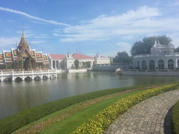 This is the grounds at the Summer Palace in Ayutthaya. , A Geysu G - August 2013