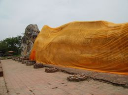 Reclining Buddha, Mark E - May 2009