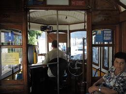 Que c'est agréable de passer d'un métro à un bus puis dans un tramway sans avoir à payer ... de prendre un train pour ensuite reprendre un bus et monter dans un ascenseur en ne..., jm.mariage - September 2015