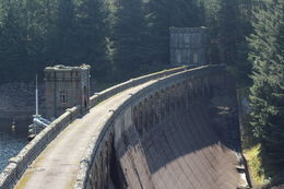 Laggan Dam Lenght 700 FT. Height above foundation 170 FT. Completed 1934 , Majken Wede A - August 2016
