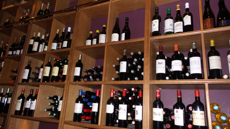 Paris French Wine Tasting in Elegant Bar with Lunch & Champagne Options photo 18
