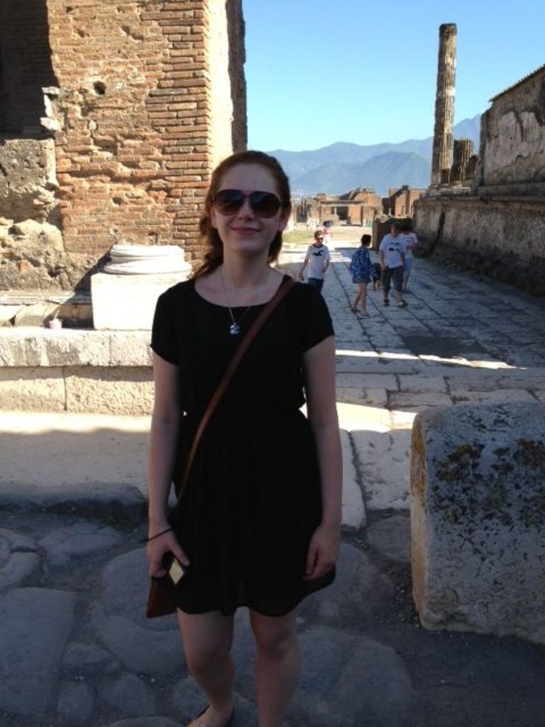 Katie in Pompeii - Rome
