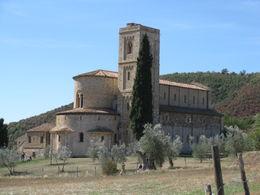 We heard the Gregorian chants here before lunch. , iltxok2 - September 2012