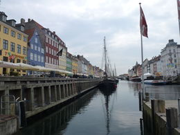 Pintoresca vista del Canal de Nyhavn en Copenhagen, Dinamarca , Luz M. P - June 2015
