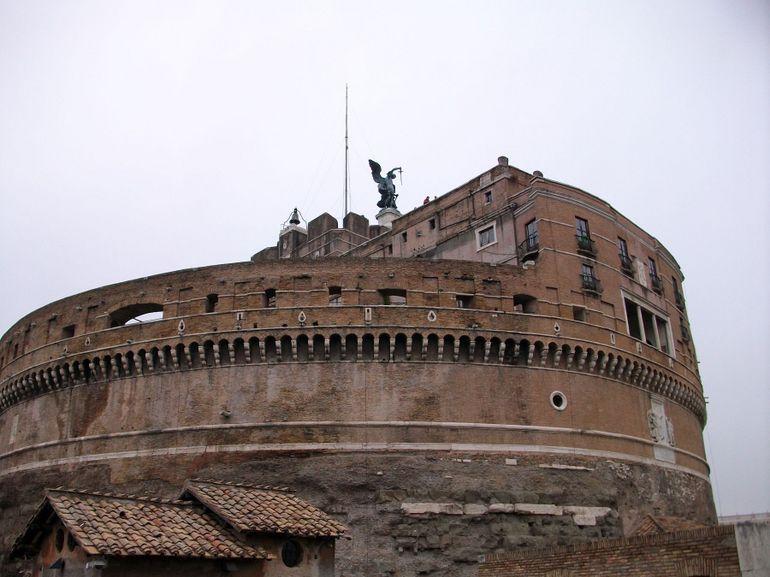 Castel St Angelo - Rome
