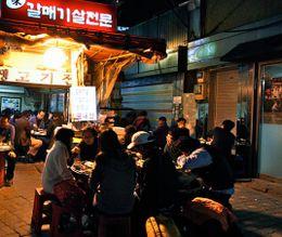 Enjoying meals from an outdoor restaurant - June 2012