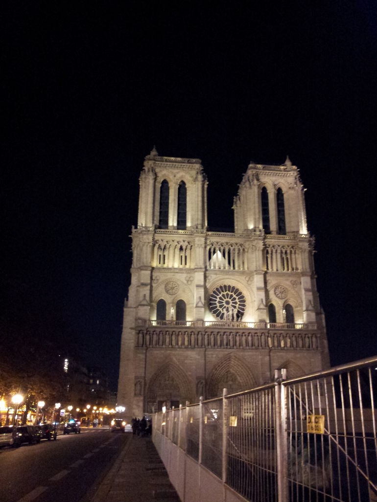 Ghosts, Mysteries and Legends Night Walking Tour of Paris photo 22