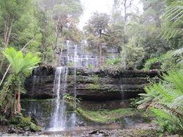 Rusell Falls , nlliew - December 2012