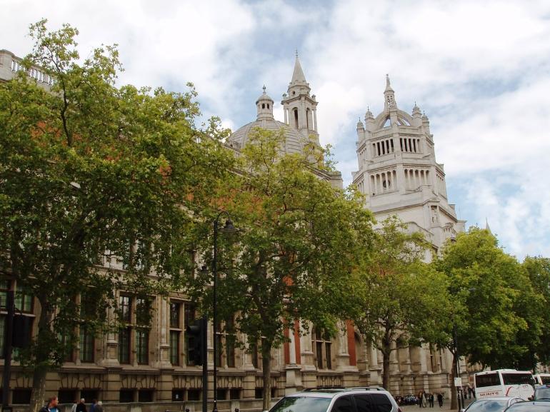 Victoria & Albert Museum - London