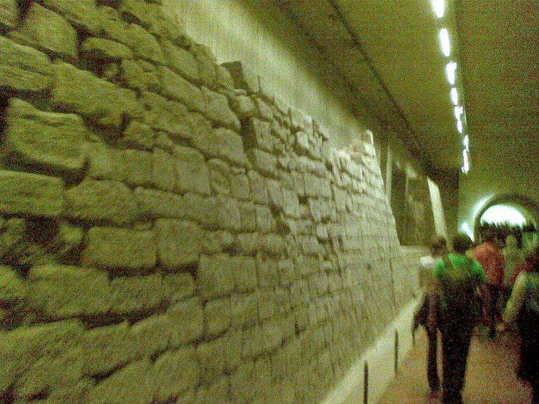 Castle Wall - Paris