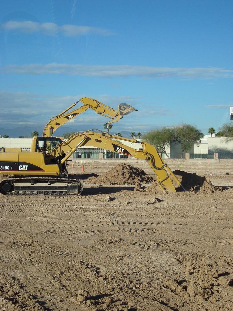 Digging holes - Las Vegas