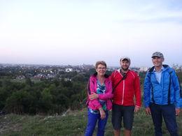Met de gids op de foto met achter ons de stad Krakau , C.J. d - September 2014