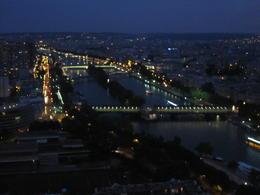 Blick vom Eiffelturm Abends auf Paris , Merlin - July 2014