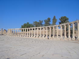 Explore the ruins at Jerash, sarahm - April 2014