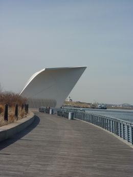 Staten Island north-shore boardwalk , Dipu12345 - April 2011