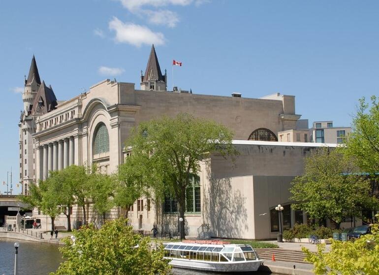 Rideau Canal Promenada, Ottawa - Montreal