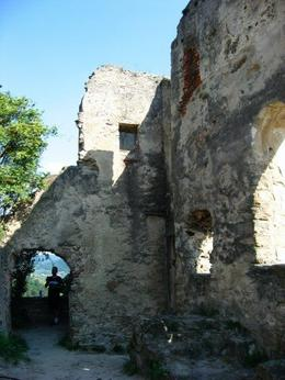 These are the ruins where King Richard the I - The Lionheart was imprisoned., Jeremy A - July 2009