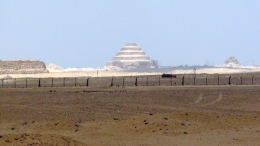 Picture of the Step pyramid taken from the red pyramid., Juan Jose G - May 2010