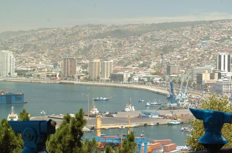 view of vinas del mar from valparaiso - Santiago