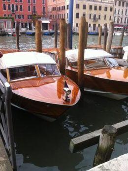 De merveilleux taxis bateaux , Martine C - April 2016