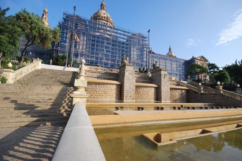 Museu Nacionale D'Art De Catalunya Fountains - Barcelona