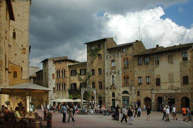 Siena and San Gimignano - Livorno