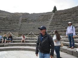 En el anfiteatro de Pompeya , Aristides B - May 2015