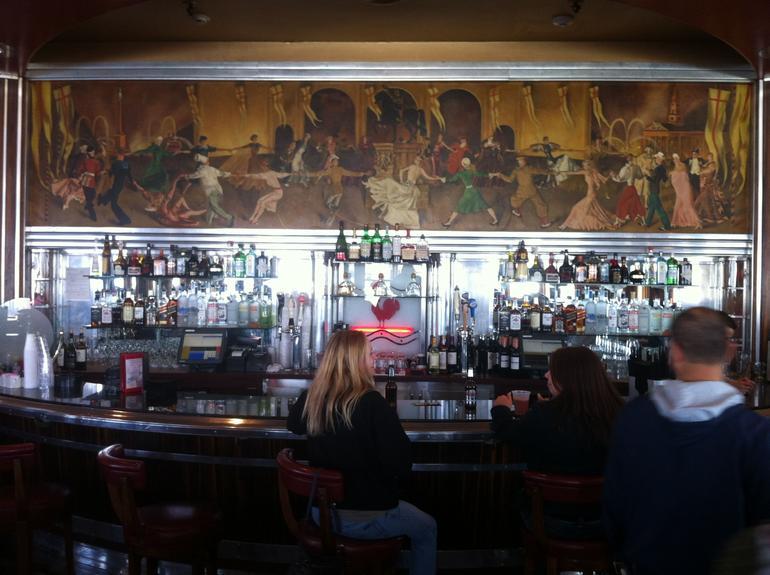 Art Deco Bar - Long Beach