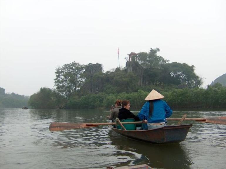 beside the Yen river - Hanoi