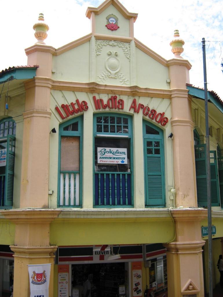 Heritage Tour - Little India - Singapore