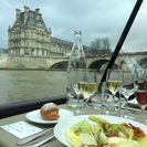 Bateaux Parisiens Seine River Gourmet Lunch & Sightseeing Cruise with Live Music, Paris, França