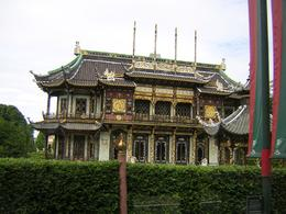 A beautiful Chinese house in Laeken Park, Brussels, Nadya G - July 2009