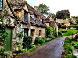 Beautiful cottages in Bibury , Courtney W - October 2012