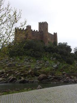 Castelo que não visitamos por falta do barco que faz a travessia , Moacir Cordeiro - March 2013